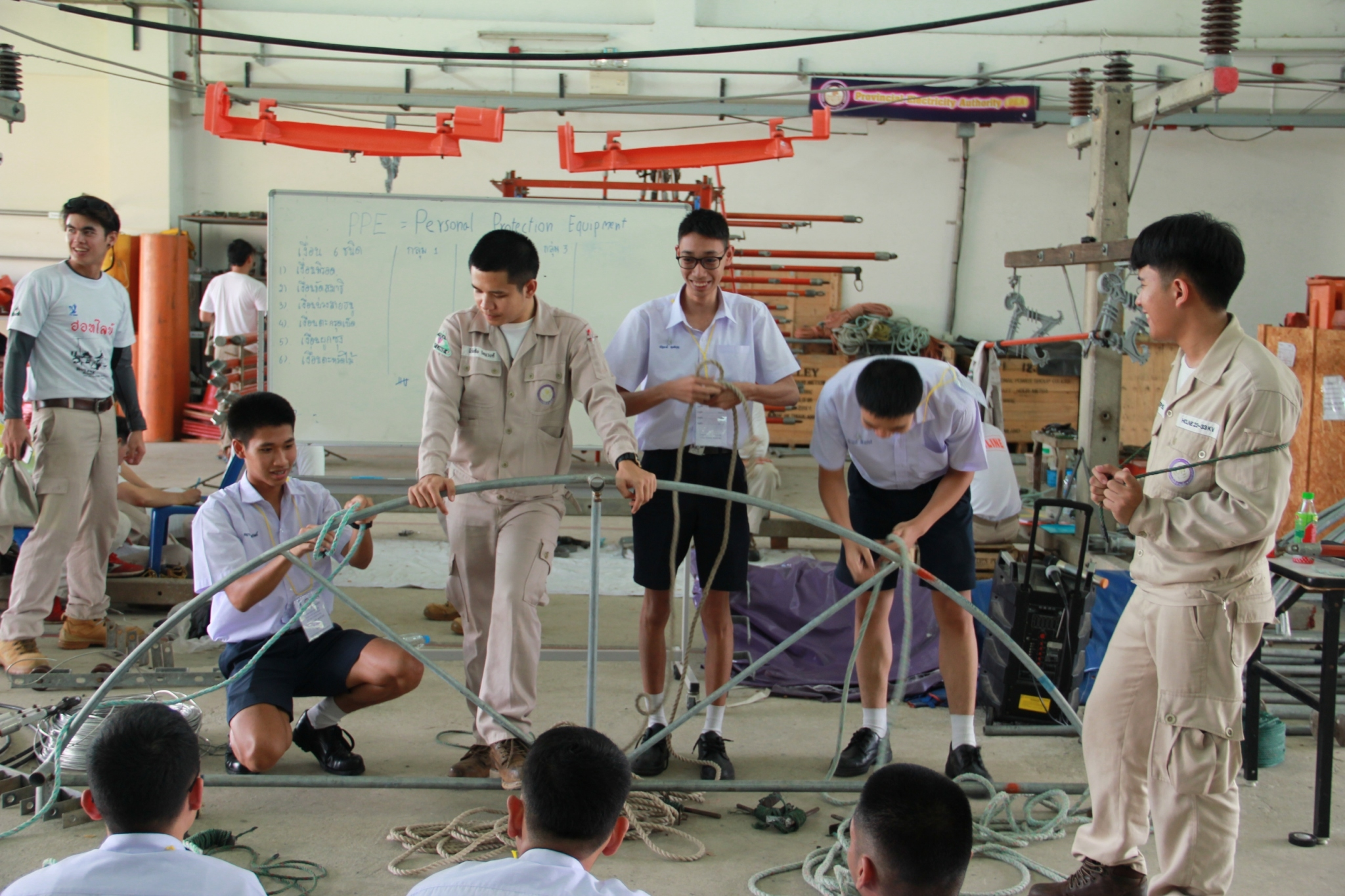 พิธีปิดการฝึกอบรมและสอบภาคปฏิบัติการติดตั้งไฟฟ้า