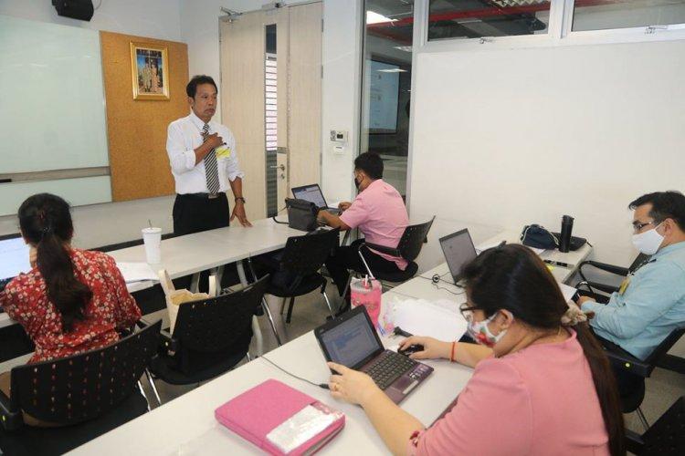 """อบรมการสอนออนไลน์ """"Google Classroom"""" เตรียมความพร้อมการออกแบบการสอนออนไลน์"""